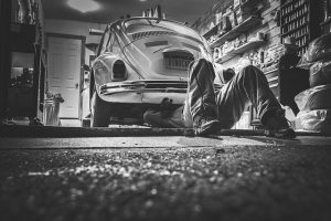 insurance company pays for car repairs