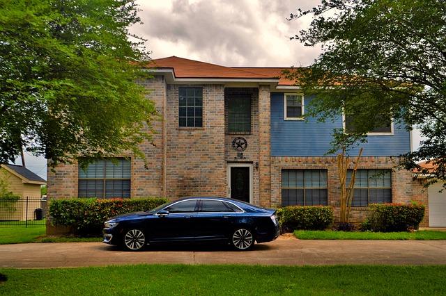 car house insurance bundling
